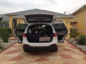 Tæææt pakket med mange kufferter og to klapvogne...voksentetris